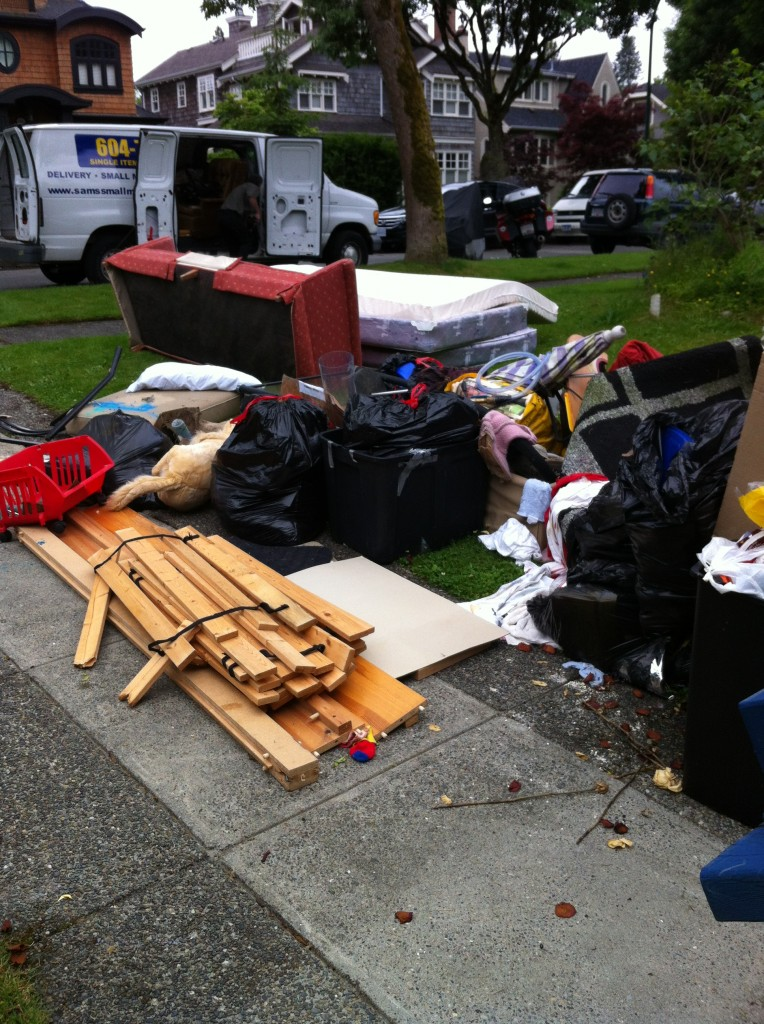 Same Day Services Household Junk Junk Removal For Vancouver Bc Mattress Removal Sam S