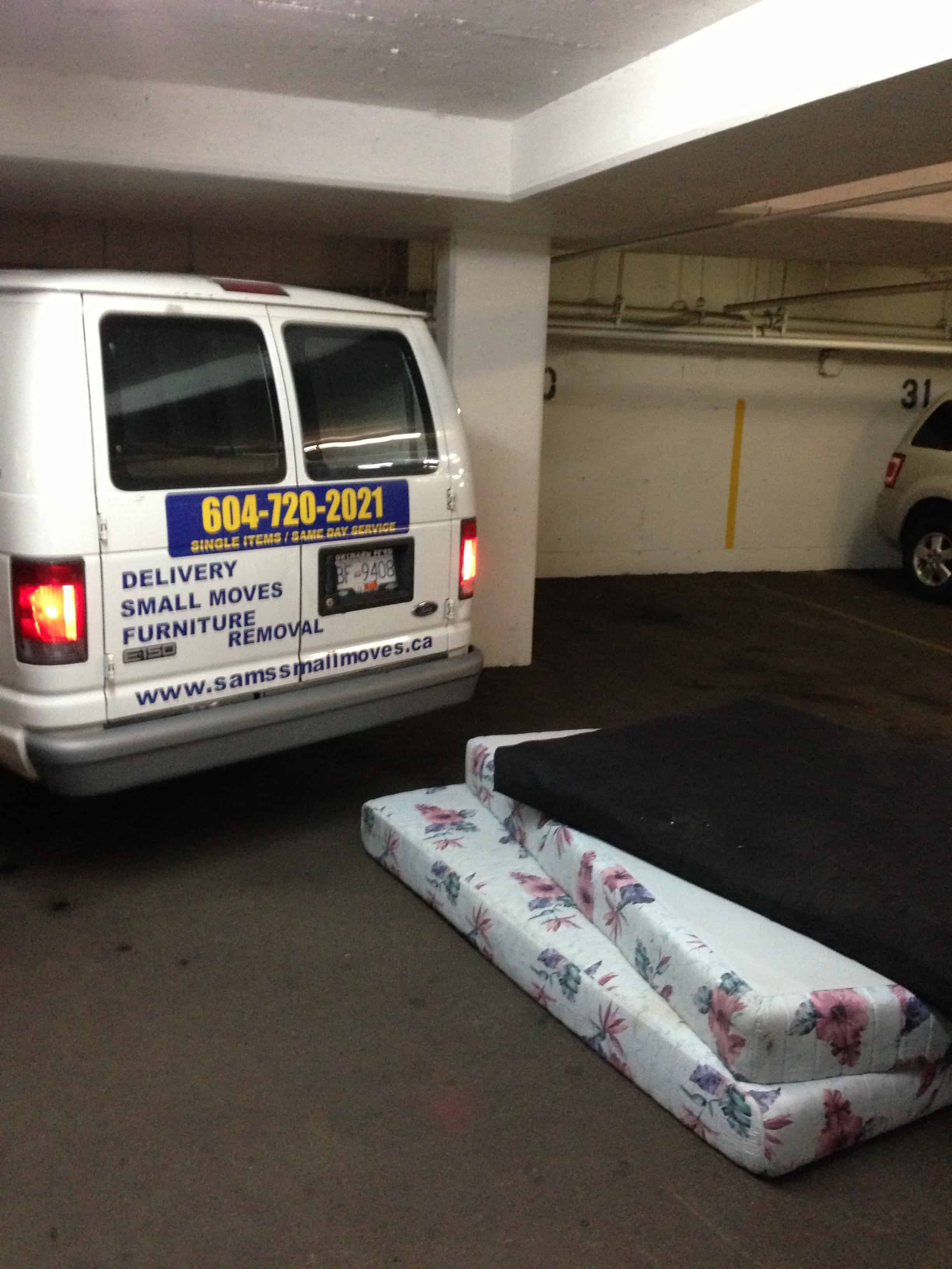 Affordable Cheap Junk Removal Services In Vancouver Old - Removal of old furniture