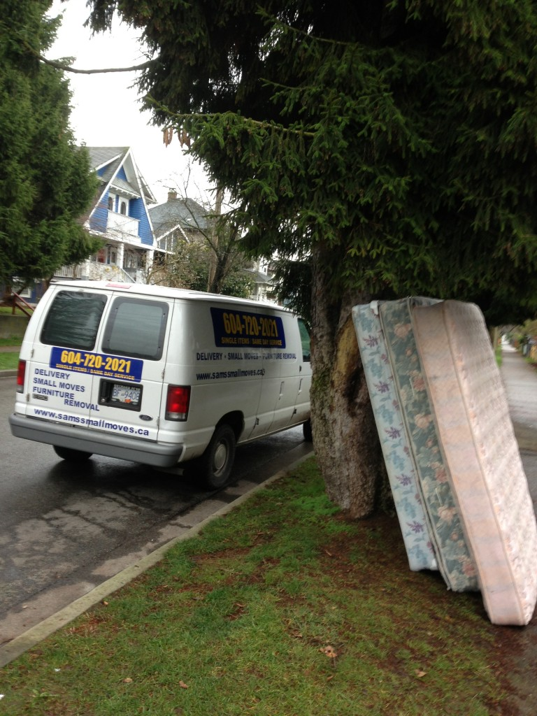 Quick Short Notice Mattress And Box Spring Removal In Vancouver Sam 39 S Junk Removal Ltd