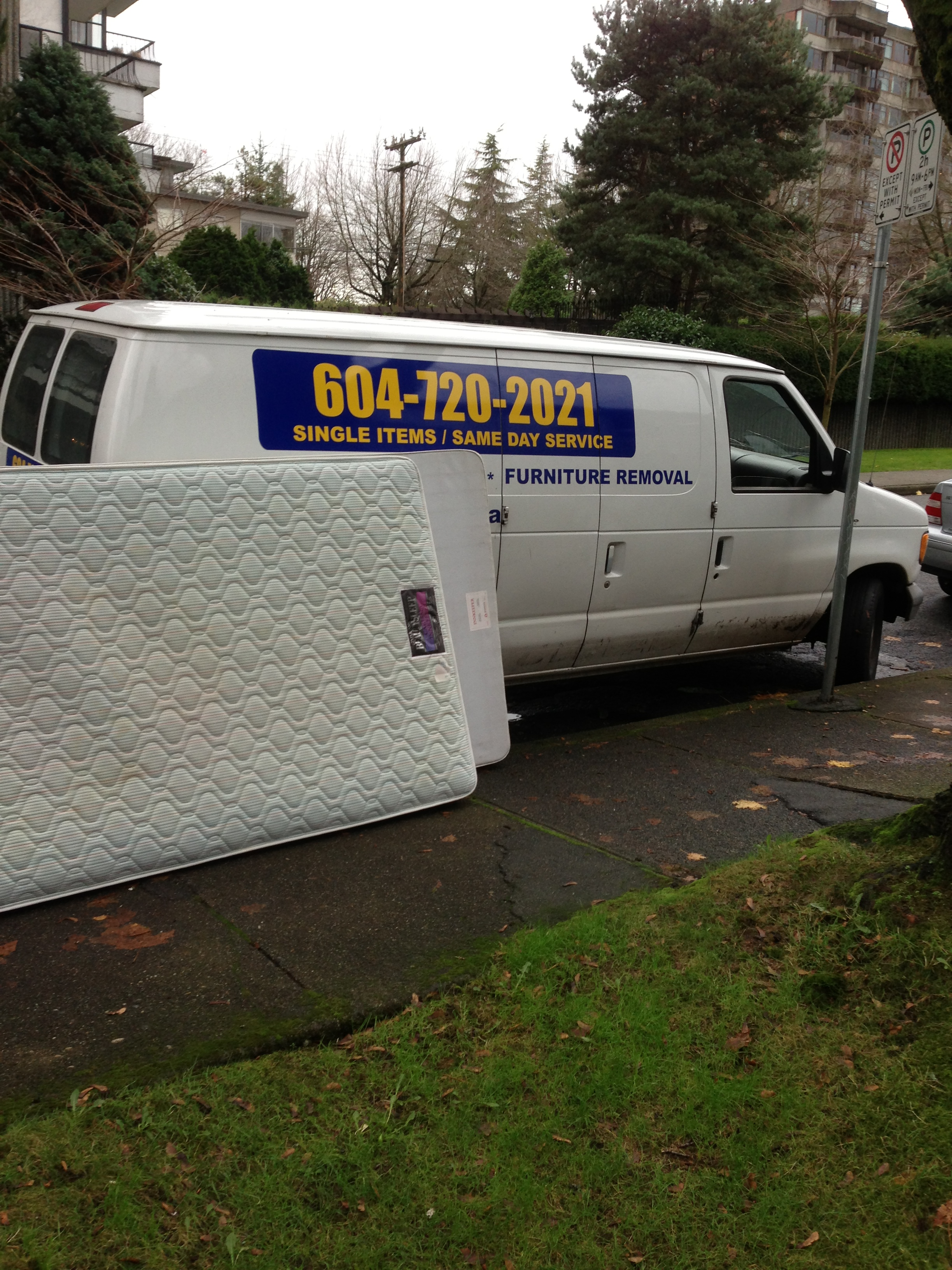 Mattress recycling vancouver sam 39 s junk removal ltd for Furniture removal seattle