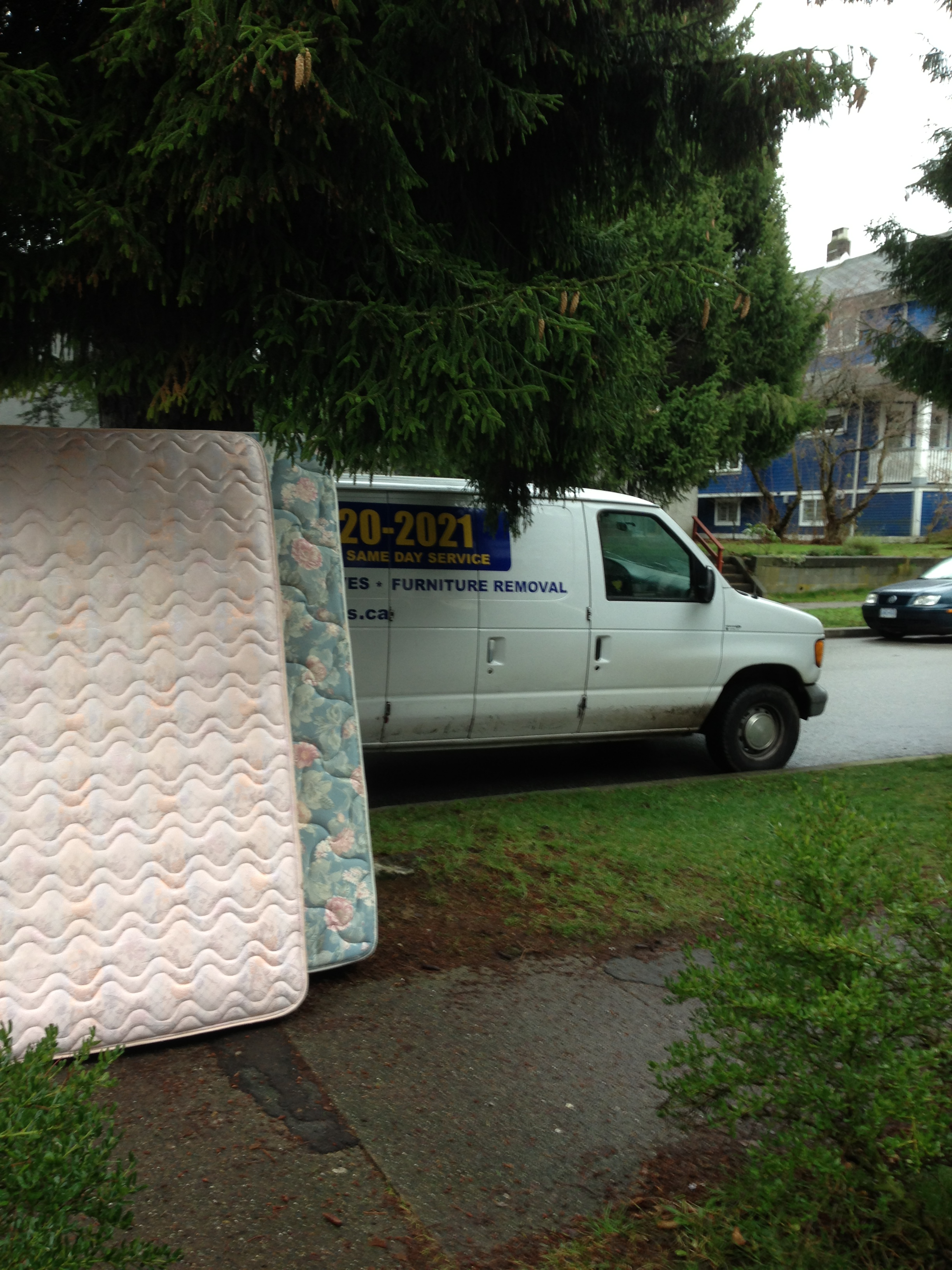 Mattresses Single Double Amp King Size Mattresses Sam S Junk Removal Ltd Vancouver Rubbish