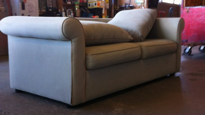 loveseat sofa | Junk Removal – Same Day Service