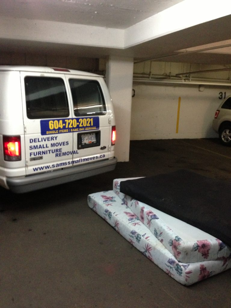 Mattress, Box spring, Sofa & Old Furniture Delivery and Disposal