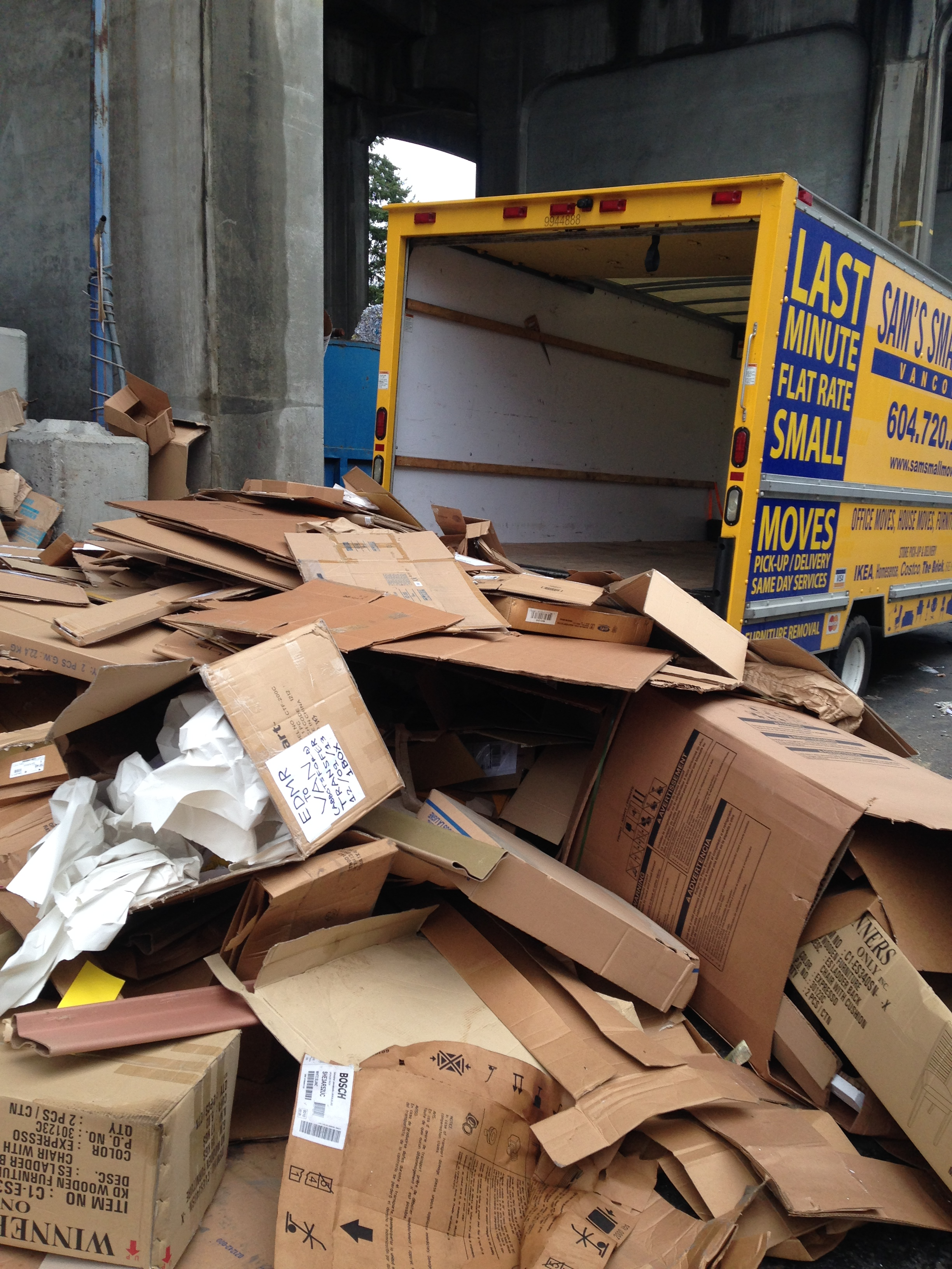 Speedy Office Furniture Removal Vancouver Sam S Junk Removal